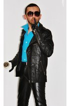 leather gloves - cropped leather jacket - full sleeve shirt - aviator sunglasses