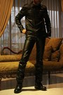 Black-leather-boots-black-leather-jacket-black-pants-black-leather-gloves