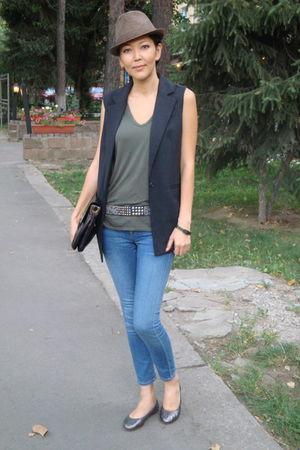 blue Blank Denim jeans - black Elizabeth and James vest