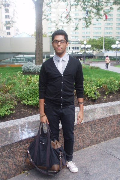 H&amp;M shirt - le chateau tie - American Apparel top - Zara jeans - Converse shoes 