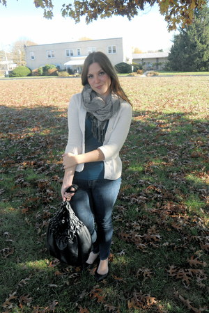 Old Navy jeans - American Eagle cardigan - H&M t-shirt - H&M scarf - Target shoe