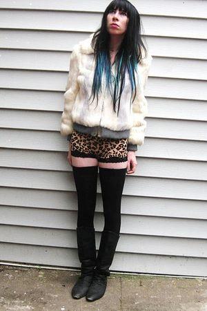 brown leopard intimate - white fur vintage jacket