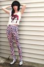 Pink-poison-ivy-leggings-silver-jeffrey-campbell-shoes-white-urban-outfitter