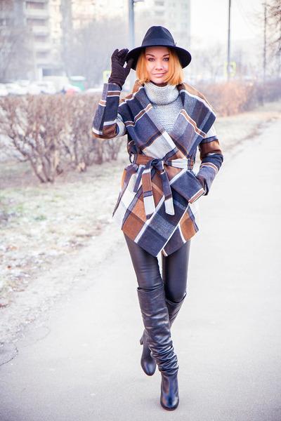 Chicwish coat - TrendyFine sweater
