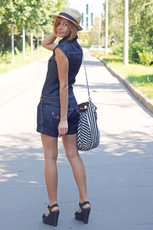 blue jeans Stradivarius romper - straw H&amp;M hat - stripes Stradivarius bag