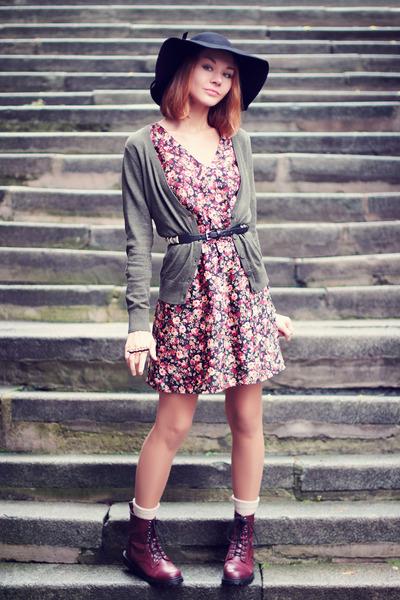Choies hat - H&M boots - H&M dress - H&M cardigan - Sheinside ring