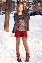 dark gray wool knit and cute cardigan - crimson nowIStyle shorts