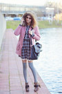 Very-simple-dress-sheinside-coat-falke-socks-zerouv-sunglasses