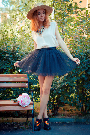 Sheinside blouse - Chicwish skirt - hickies stockings