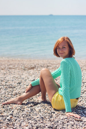 aquamarine mint knit and cute sweater - yellow H&amp;M shorts