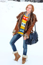 Mustard-celtic-boots-navy-stradivarius-jeans-udobuy-sweater