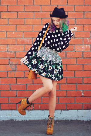 Sheinside skirt - tbdress boots - zeroUV sunglasses - Sheinside top