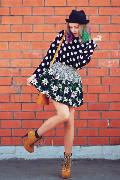 Sheinside skirt - tbdress boots - zeroUV sunglasses - Sheinside top