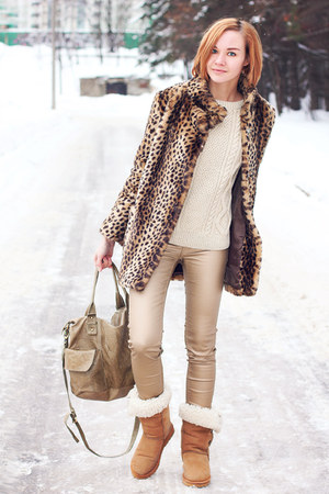faux fur asos coat - gold H&M jeans - off white knit and cute sweater