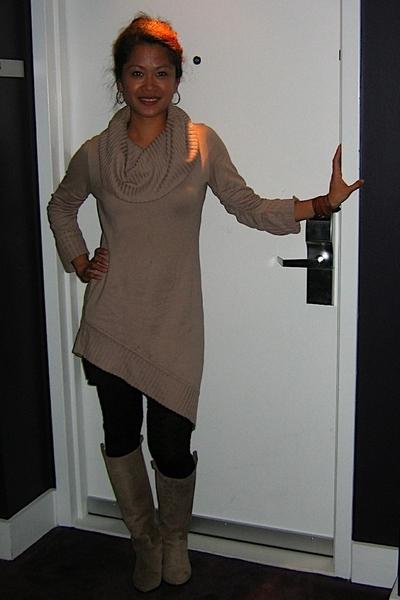 Tyler top - American Apparel skirt - American Apparel tights - sartore shoes