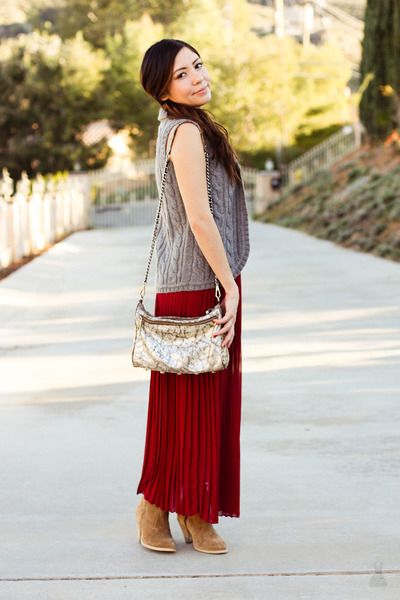 JCrew vest - Rebecca Minkoff bag