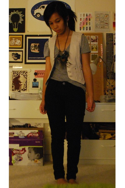 Wax jeans - Old Navy vest - forever 21 t-shirt - forever 21 necklace