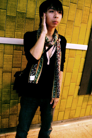 Scotch&Soda scarf - somewhere cheap shirt - vintage purse - jeans