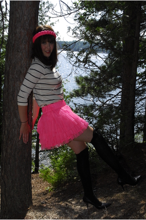 H&M skirt - Urban Outfitters shirt - H&M accessories