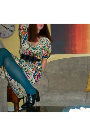 beige H&M dress - blue tights
