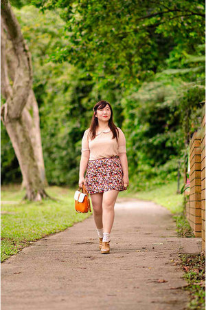 carrot orange bag - ivory floral Topshop socks - black floral cotton on skirt