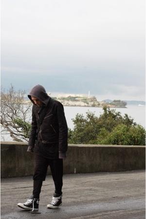 Karen Walker jacket - stolen girlfriends club sweater - H&M shorts - 2xist leggi
