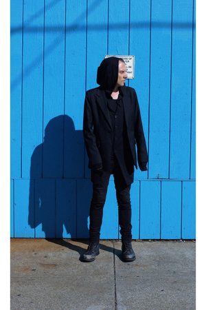Endovanera sweater - league of gentlemen blazer - Claude Maus pants - bonds pant
