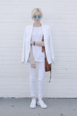 white white jeans J Brand jeans - white white blazer The Kooples blazer