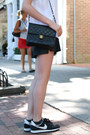 Black-vintage-chanel-bag-black-faux-leather-h-m-shorts