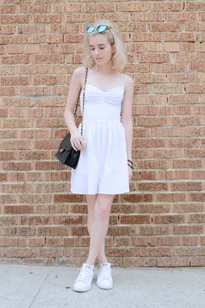 white American Apparel dress - black vintage Chanel bag