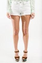 Haute-juncture-shorts