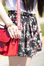 Sole-society-bag-black-floral-forever-21-shorts-lulu-pumps