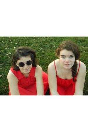 red H&M dress - hot pink H&M dress - dark gray H&M sunglasses