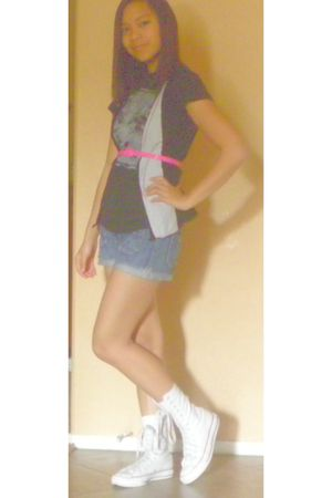 pink belt - black shirt - white Converse shoes - blue Mossimo shorts - vest