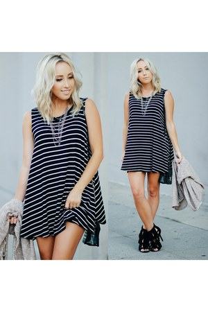 black striped Angl dress - black fringe windsor heels