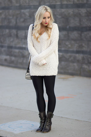 ivory fuzy Forever 21 sweater - black shiny American Apparel leggings
