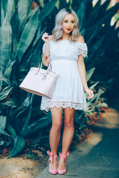 White-sheinside-dress-light-pink-bow-sheinside-heels