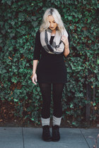 black suede yellow box boots - heather gray plaid Sheinside scarf