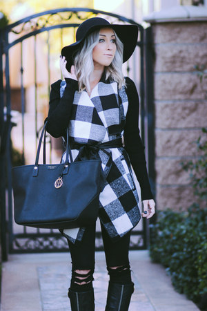 black plaid Sheinside jacket