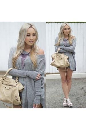 heather gray oversized unknown brand sweater - tan leather balenciaga bag
