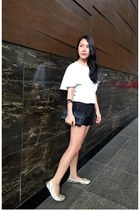 Forme blouse - soul shoes - Braun Buffel purse - Zara shorts