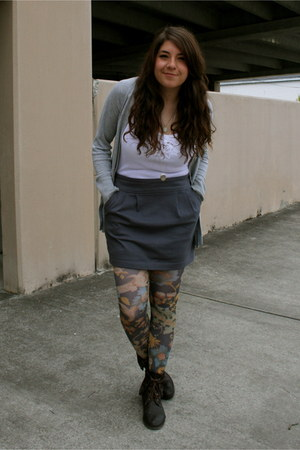 threadsence boots - Forever 21 shirt - Urban Outfitters tights - Forever 21 skir
