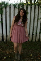 Mia boots - Forever 21 dress