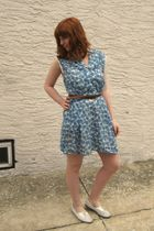 blue vintage dress - brown thrift belt - white vintage shoes