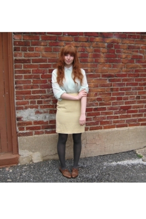 vintage blouse - vintage skirt - vintage shoes - tights