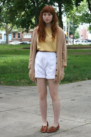 brown leather vintage shoes - camel grandpa vintage sweater