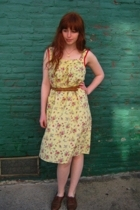 vintage dress - vintage belt - vintage shoes