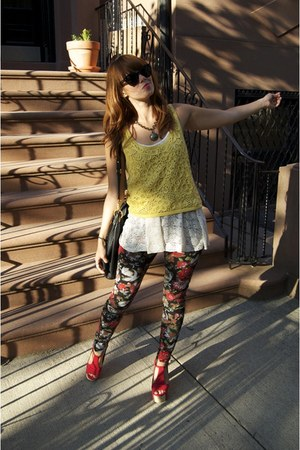 mustard kensie top - Forever21 top - red jeffrey cambpell shoes