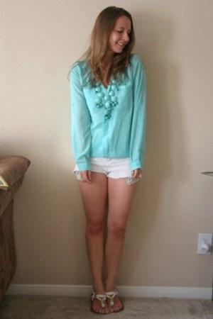 Tobi blouse - Forever 21 shorts