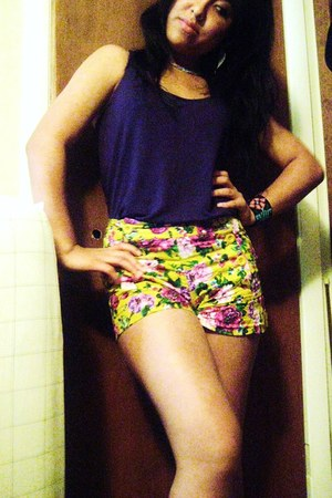 yellow floral Forever 21 shorts - purple Forever 21 top